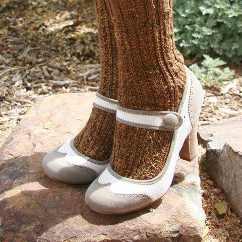 Milkweed socks