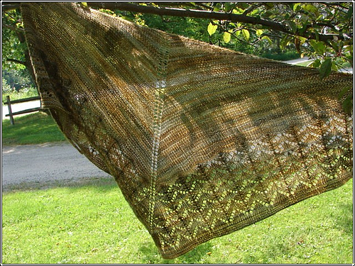 Wool peddler shawl