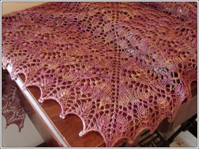 Cracklin_rosie_shawl