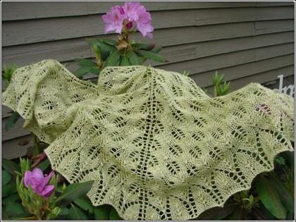 Shetland_shawl_finished_4