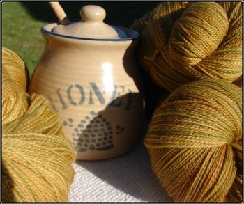 Tupelo_honey_lace_yarn
