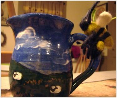 Bee_mug