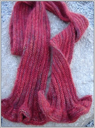 Red_maple_scarf